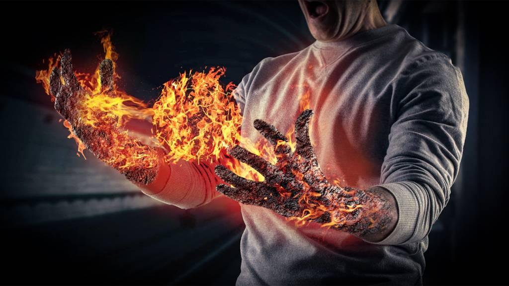视频封面-PS-超炫酷火焰麒麟臂特效合成.jpg